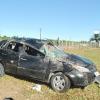 Carro capota varias vezes e deixa cinco pessoas feridas em Itamaraju