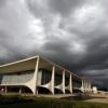 Raio cai em Brasília e atinge 31 soldados da guarda da presidente Dilma Rousseff